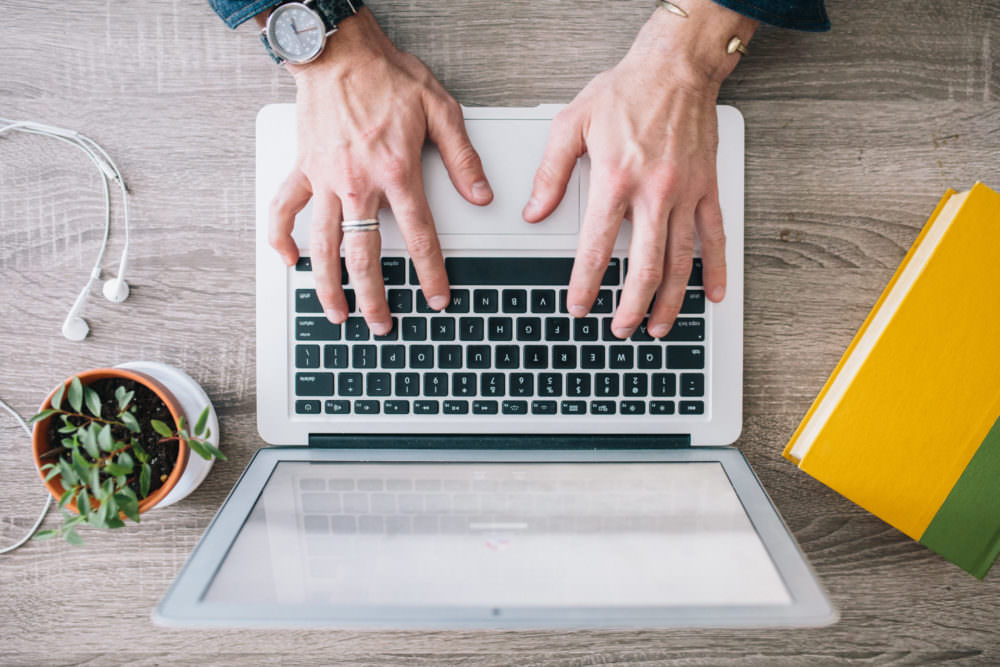 5 Ways To Get Customers to Love Your Emails